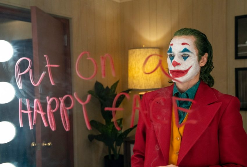 image 850x576 - Shooting threat at 'JOKER' premiere spurs warning from Army...