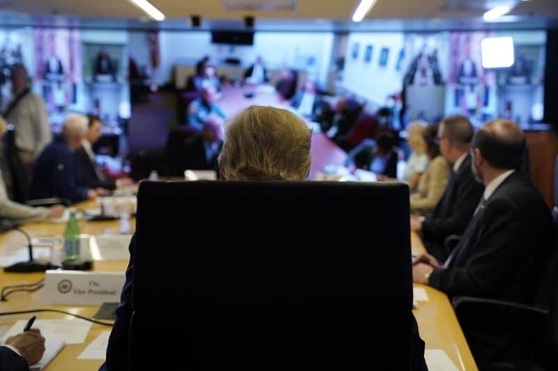 800 - Virus pulls federalism debate into 21st Century...
