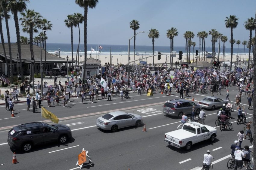1000 1 850x566 - PROTESTERS DEMAND FREEDOM
